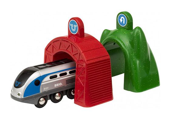 BRIO(ブリオ)アクショントンネル電動機関車