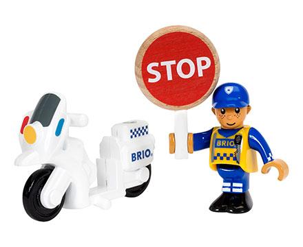 BRIO(ブリオ)ポリスバイクとドライバー
