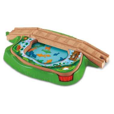 きかんしゃトーマス(マテル社)魚が泳ぐ池の橋